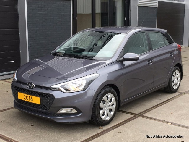 Hyundai-I20-Hyundai I20 1.2 LP idrive Cool-OrangeFinancialLease.nl