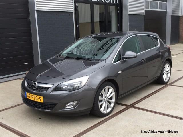 Opel Astra | OrangeFinancialLease