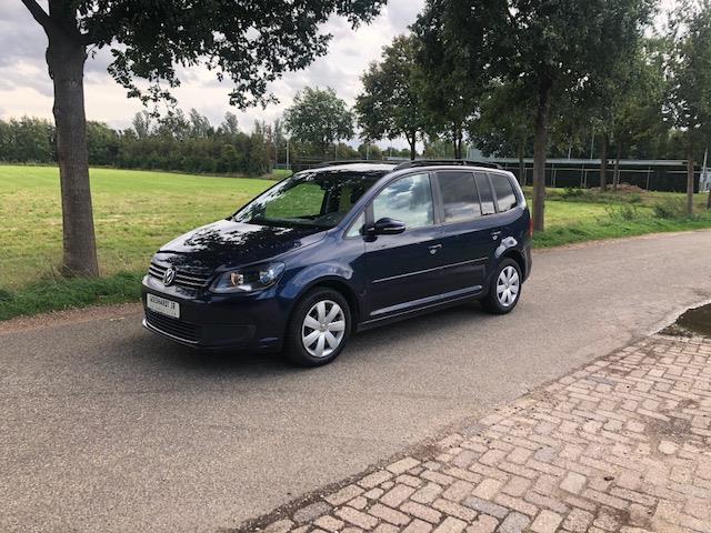 Volkswagen-Touran-Volkswagen Touran 1.6 TDI Comfortline VEEL OPTIES!!-OrangeFinancialLease.nl