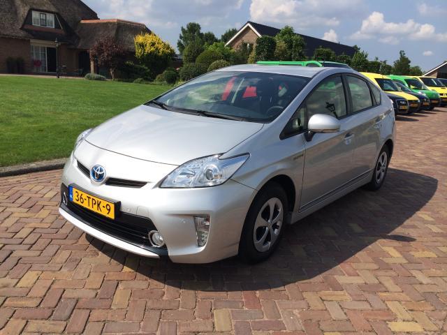 Toyota-Prius-Toyota Prius 1.8 Comfort-OrangeFinancialLease.nl