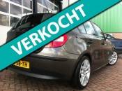 BMW 1-serie 118d Business Line BJ2005 Xenon Start Stop