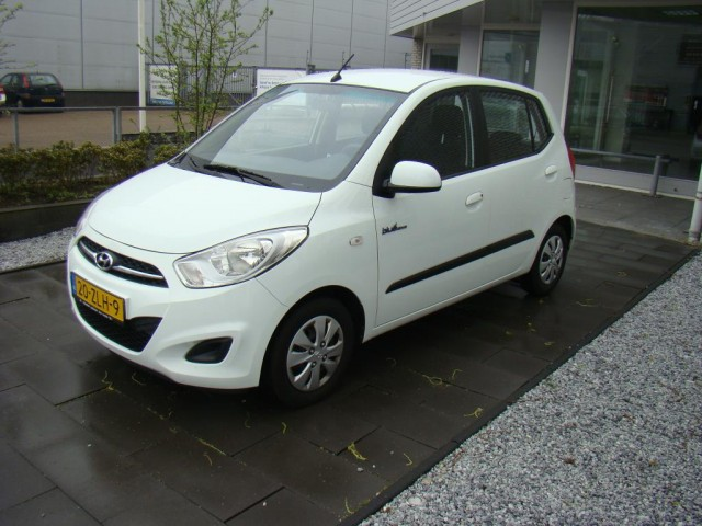Hyundai-I10-Hyundai I10-OrangeFinancialLease.nl