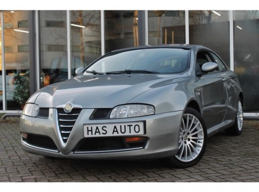 Alfa Romeo GT 1.9 JTD Distinctive M-Jet Vol Opties Nette Auto!