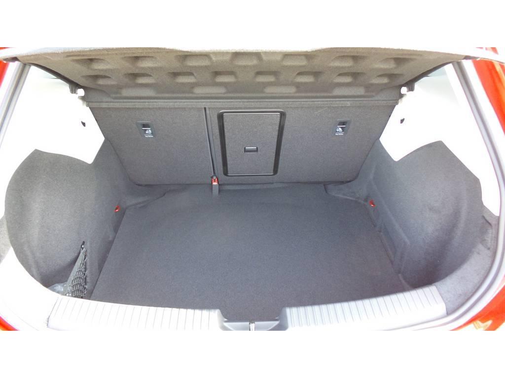 Seat-Leon-Seat Leon 1.0 EcoTSI Style Business Intense Automaat-OrangeFinancialLease.nl