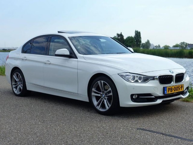 BMW-3-serie-BMW 3-serie 330d xDrive M Sport Edition High Executive-OrangeFinancialLease.nl