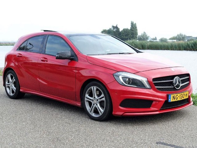 Mercedes-Benz-A-klasse-Mercedes-Benz A-klasse 250 Sport Ambition * AMG * PANORAMA-OrangeFinancialLease.nl
